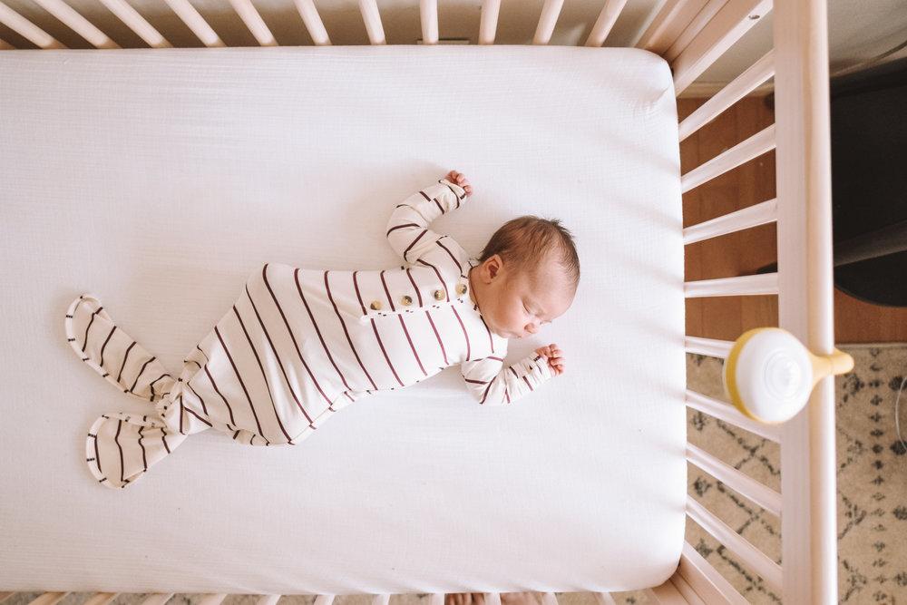 Newborn Baby Sleep Training Tips - The Overwhelmed Mommy Blogger