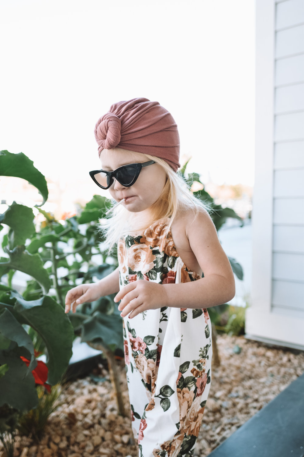 Cute Kids Clothes - Floral Baby Kids Romper - The Overwhelmed Mommy Blogger