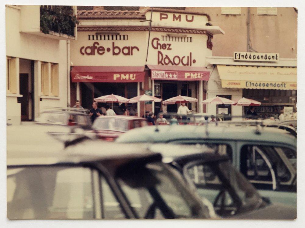 Raoul.Cafe.03.jpg