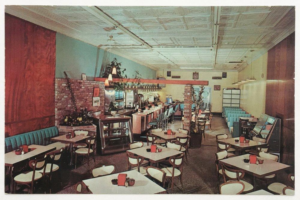 Raoul.Restaurant.03.1.jpg