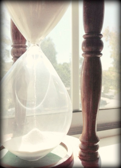 time_is_ticking_by_yumisy111-d5ktqnm
