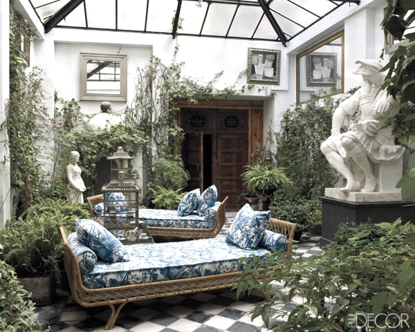 Interior-Courtyard-Garden-Ideas-31-1-Kindesign.jpg