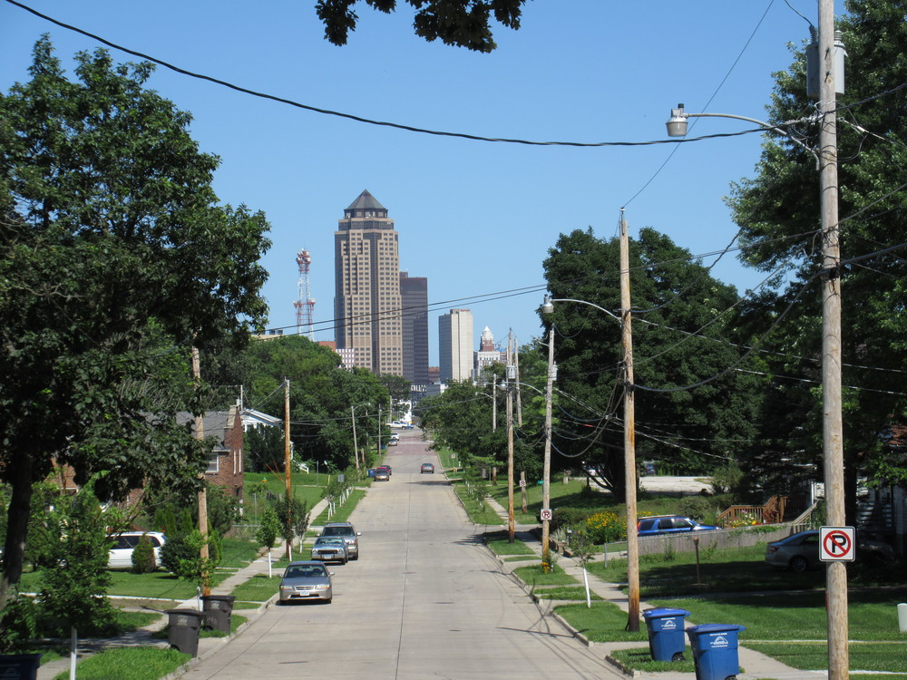 Looking east toward Downtown on High Street.