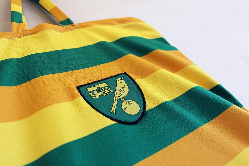 Norwich City 15-16_Third_A_close up 1_1500.jpg