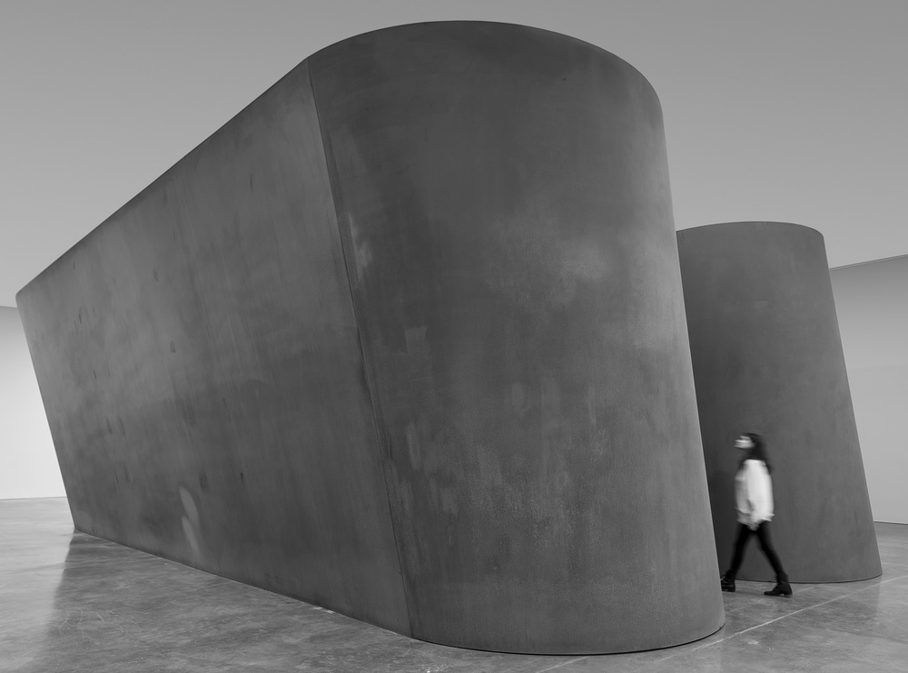 "RICHARD SERRA  NJ-1, 2015  Weatherproof steel  Six plates  Overall: 13' 9"" x 51' 6""x 24' 6""  (4.2 x 15.7 x 7.5 m)  Plates: 2""  (5 cm thick)  © Richard Serra. Photograph by Cristiano Mascaro."