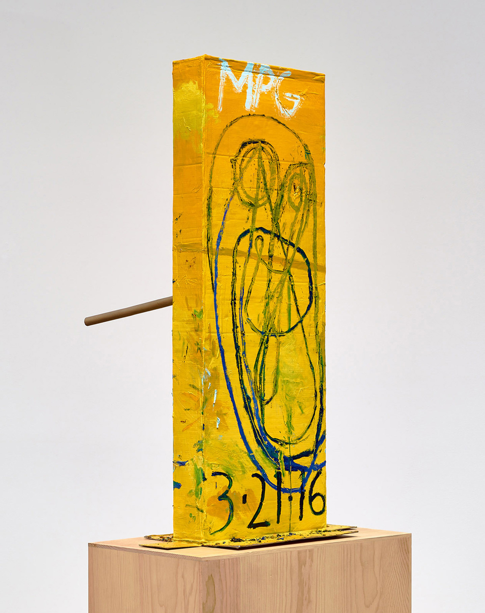 MARK GROTJAHN Untitled (Yellow Cosco II Mask M40.l), 2016 Painted bronze 59 1/2 x 33 1/4 x 36 1/2 inches 151.1 x 84.5 x 92.7 cm