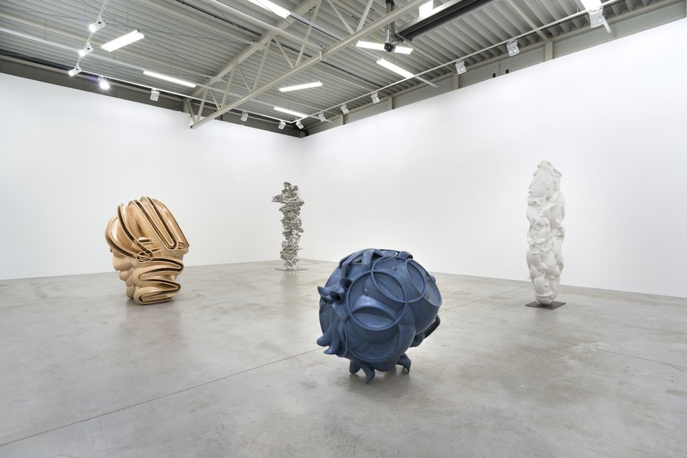 Installation View: Tony Cragg Sculptures Galerie Thaddaeus Ropac July 30 - August 31, 2016 Courtesy Galerie Thaddaeus Ropac, Paris/Salzburg © Tony Cragg Photo: Ulrich Ghezzi