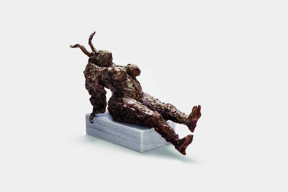 Flötz, 2001, bronze on marble, 32 × 20 × 52 cm (12.59 × 7.87 × 20.47 in) © Jonny Star, Photo: Jens Bösenberg