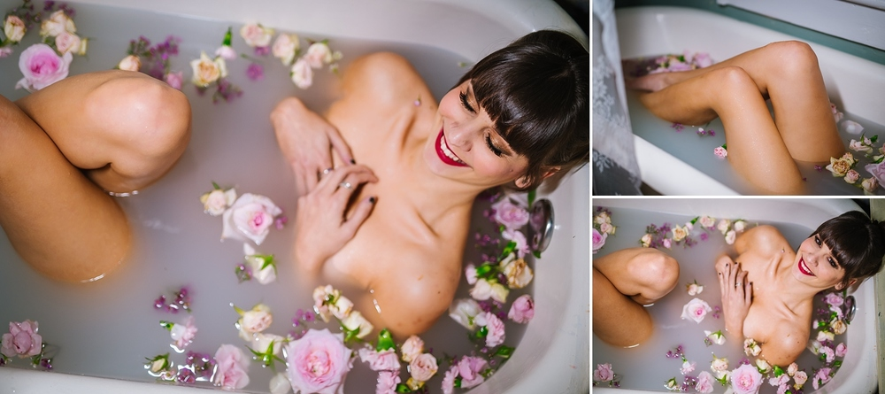 creative-hipster-boudoir-photos-tampa-studio-flowers-bathtub_0012.jpg