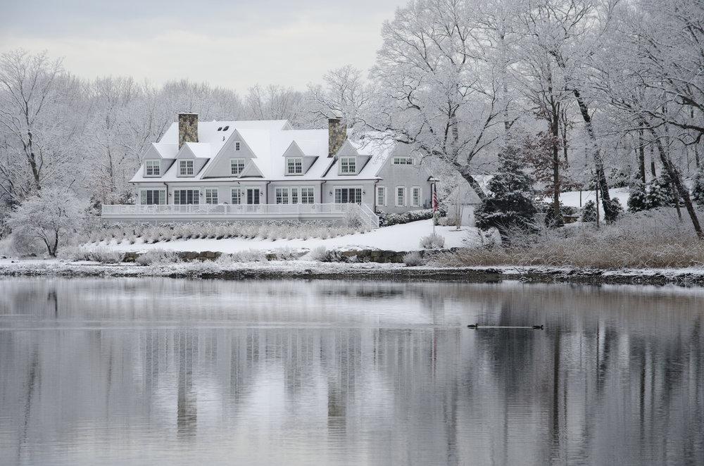 snowy-estate_25864490581_o.jpg