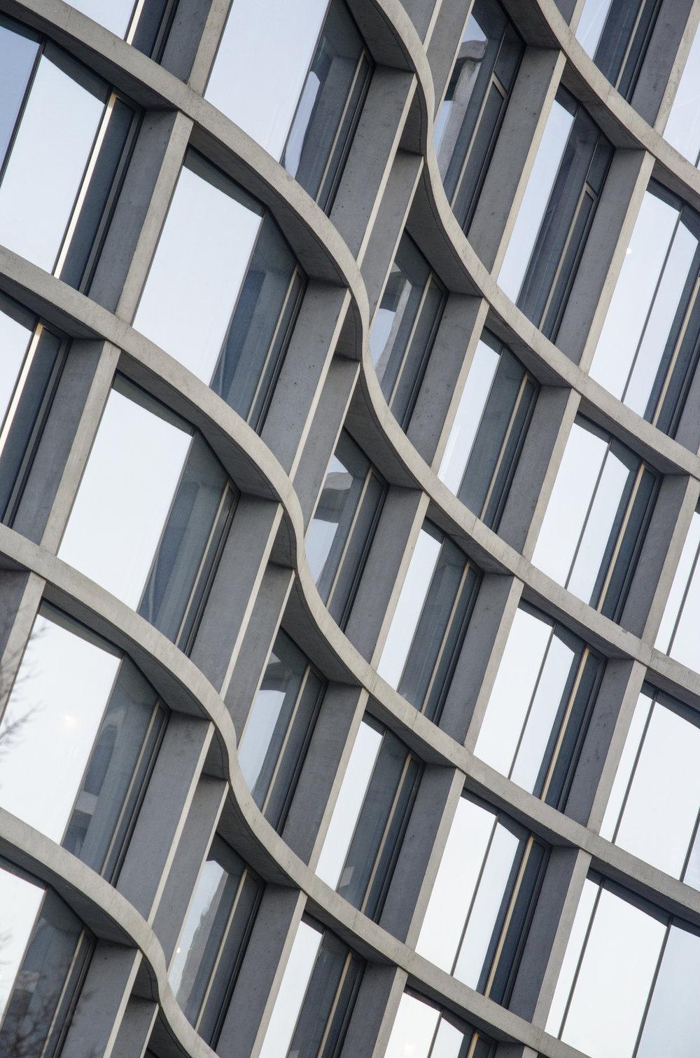 concrete-curves_26958455019_o.jpg