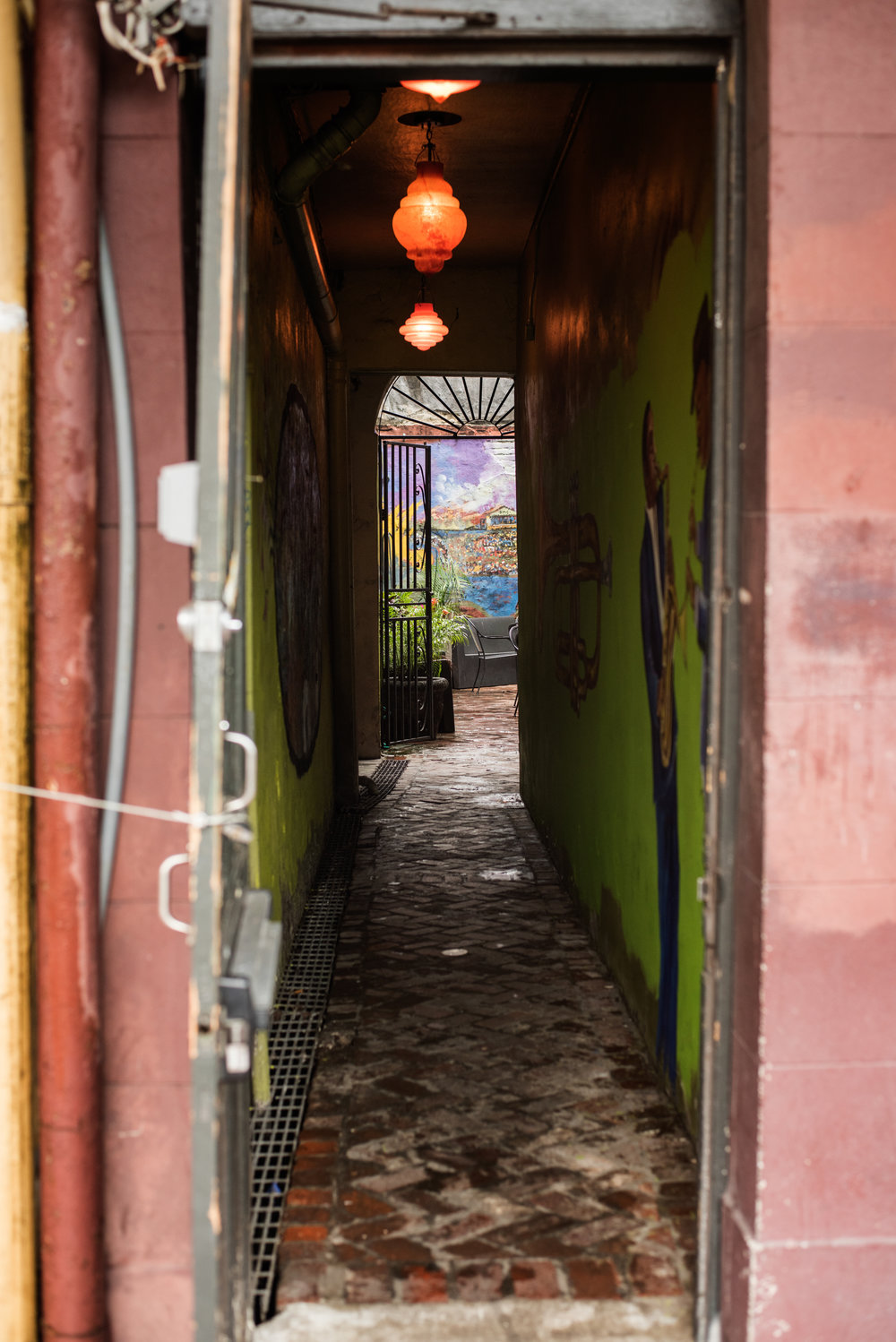 20180525-colorful-alley_42535045881_o-redux.jpg