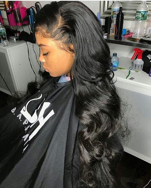 What frontal?! Bodywave anyone?!! Our La Perle Brazilian Bodywave Extensions are making waves! This texture is easiest to blend and is extremely luxurious and very soft with a lot of body and natural shine. These bundles are going fast! Shop now #linkinbio #laperlebeaute