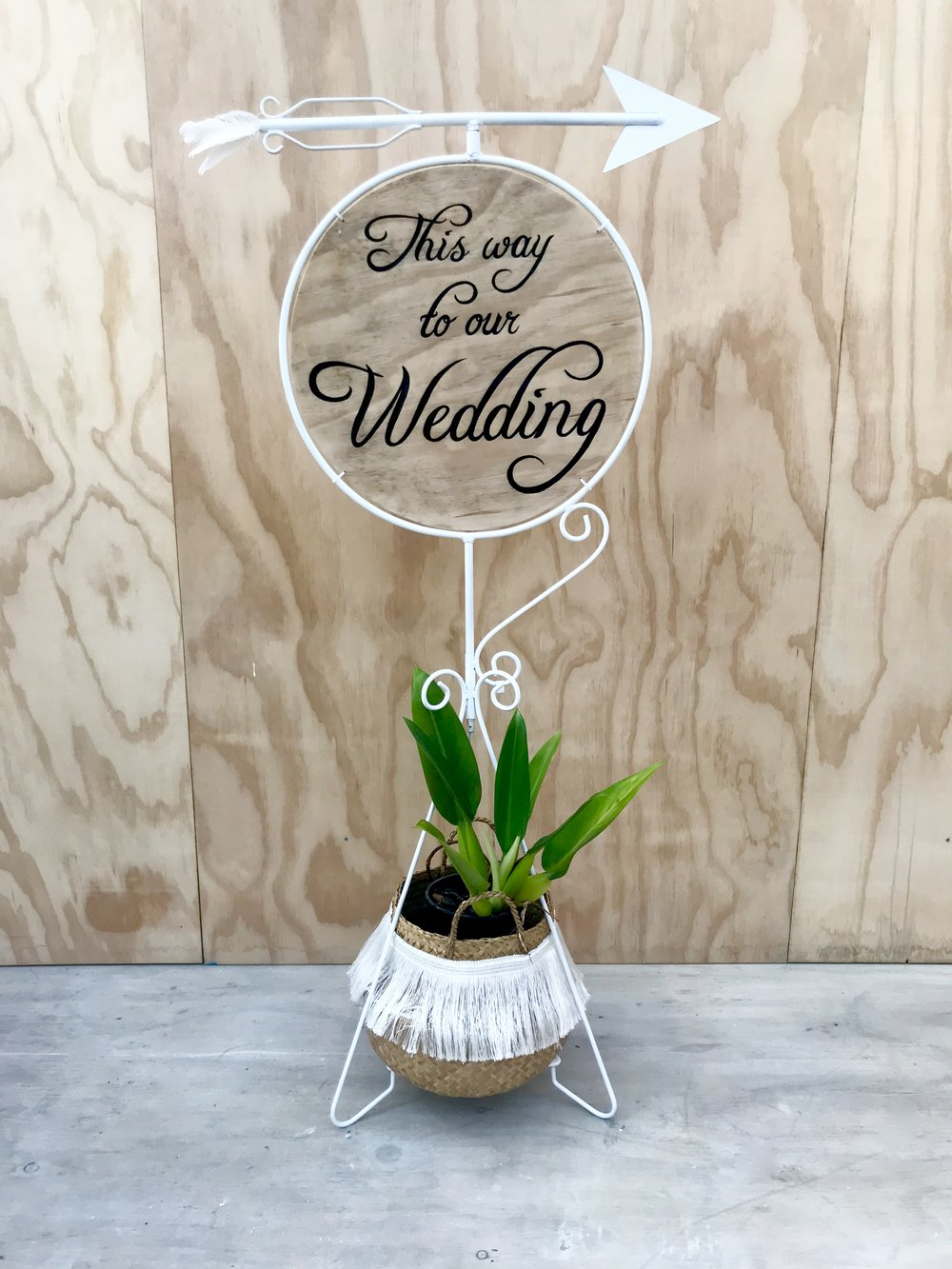 Wedding sign with Arrow