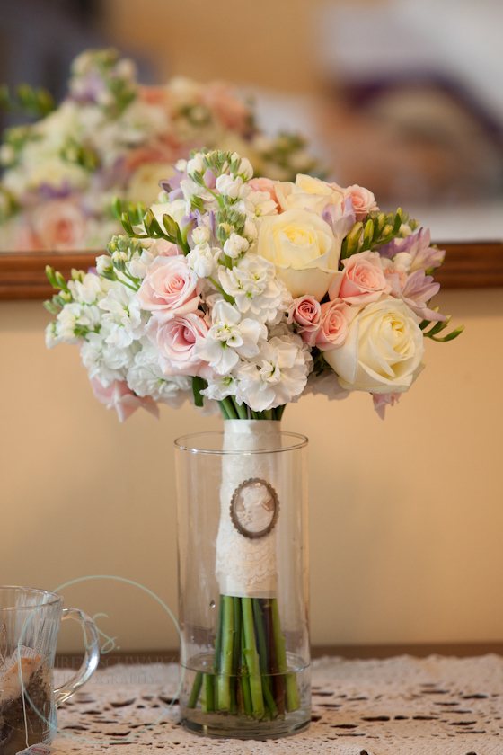 pastel wedding, pink and lavender bouquet