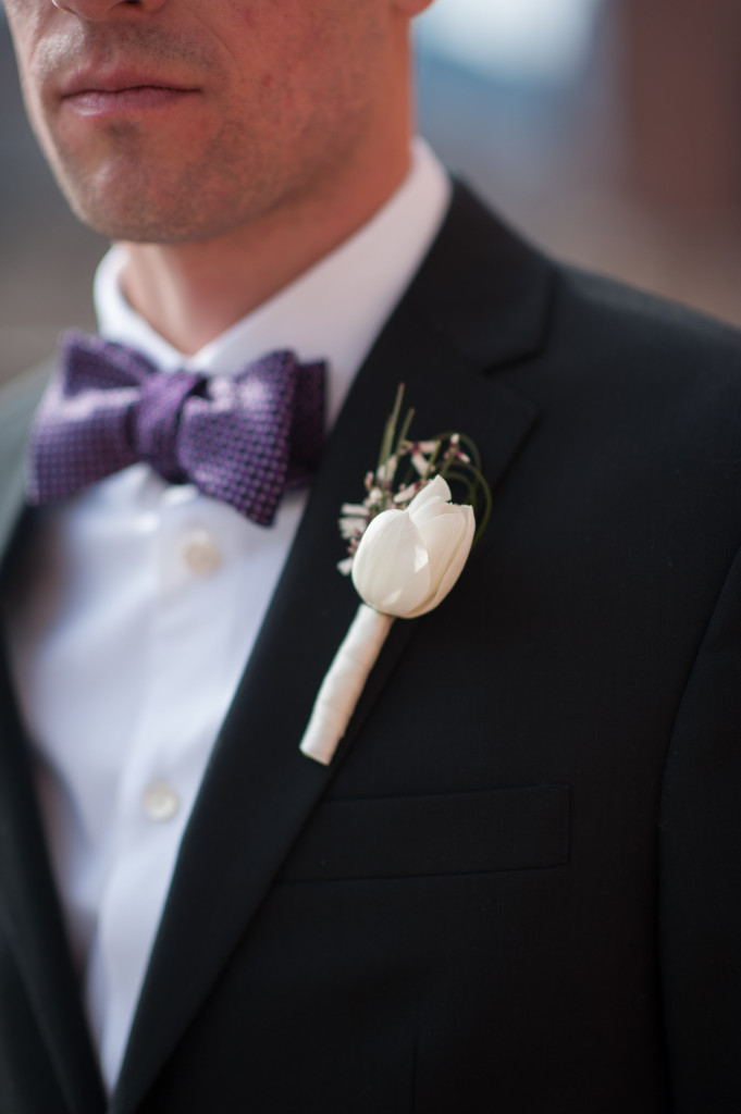 Philadelphia Wedding florist - A Garden Party florist - Tendenza - Caitlin Scott Photography- white wedding flowers - purple wedding flowers - calla lilies - orchids - floating candles - lavender roses - pearls