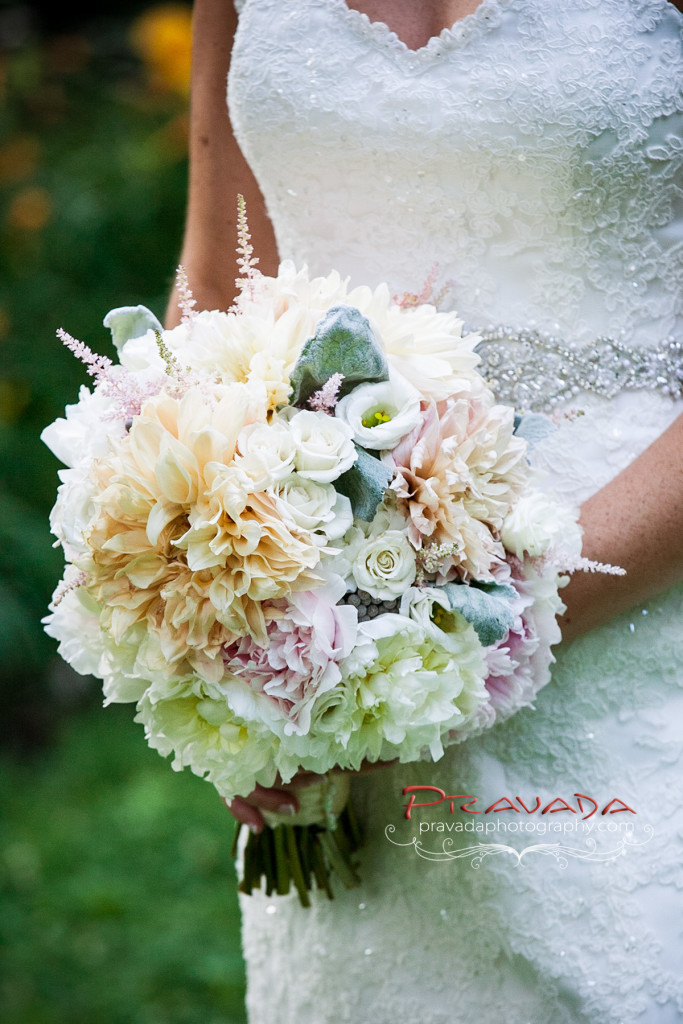 Philadelphia Wedding Florist - A Garden Party florist - Ballroom at the Ben - Pravada Photography - dahlias - blush wedding  - champagne wedding