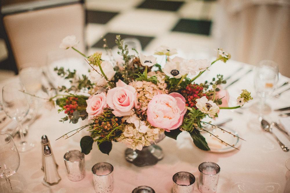 Cape May Wedding Florist : Lindsay U0026 Matthew At Congress Hall Feat. Bride  Diaries U2014 A Garden Party