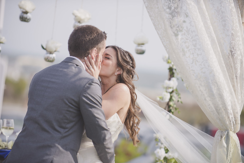 Cape May Wedding Florist - A Garden Party florist - Congress Hall - Melissa Fogg Photography - Saltwater Studios Videography - Just Be - Spring Wedding - white wedding flowers