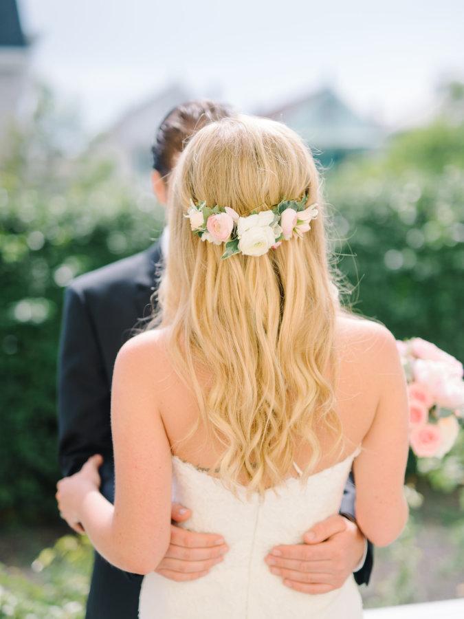 NJ Wedding, NJ Bride, Bridal, Hair Flowers, White and Blush, Rachel Loves Troy Photography