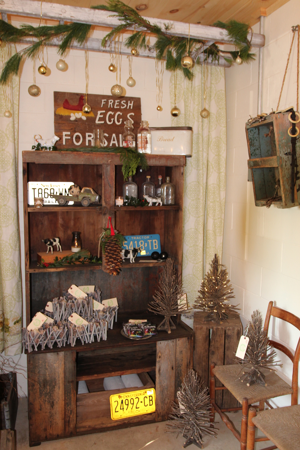 This is part of a revolving display area at A Milkhouse Party - our inner gift shop owner is being confined to this corner, and we are going to take complete advantage!