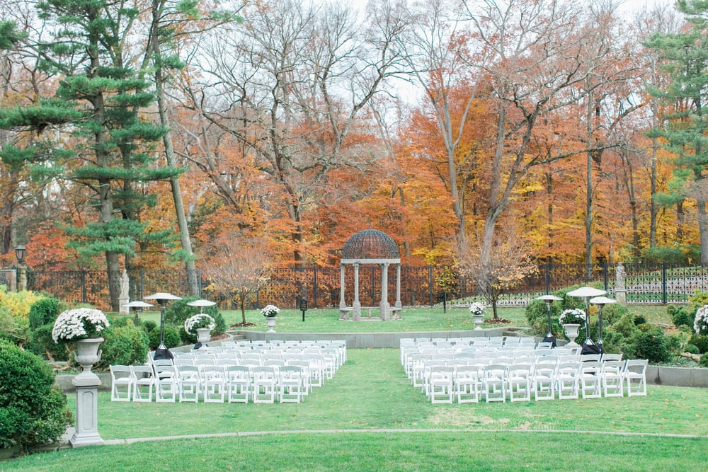This amazing ceremony space at Jasna Polana is such a great use of natural elements.  We love the how the entire ground space is made up of sod, and could there be a more spectacular back drop than that forest??  The stone elements found in the columns with planters, gazebo, and bordering walls help make this a very clean and polished look.