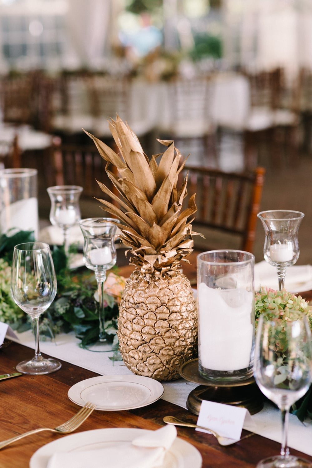 A Garden Party Florist, Inn at Fernbrook Farms, Michelle Lange Photography, Blush, Pineapple, Table Decor, Garland