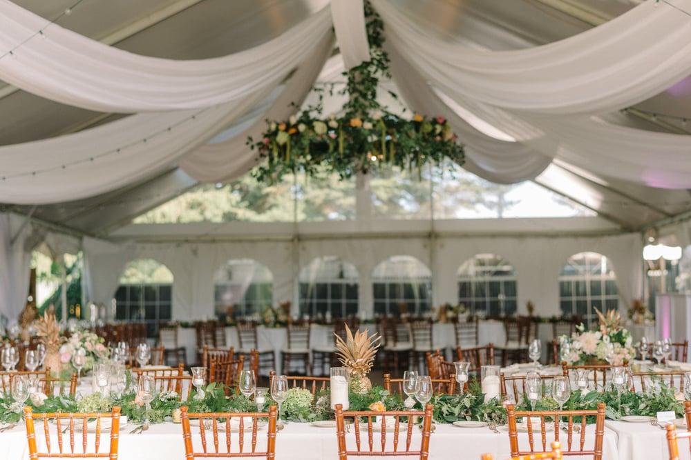 A Garden Party Florist, Inn at Fernbrook Farms, Michelle Lange Photography, Blush, Floral Chandelier, Table Decor, Garland