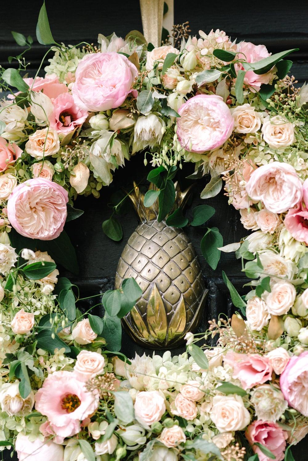 A Garden Party Florist, Inn at Fernbrook Farms, Michelle Lange Photography, Blush, Wreath