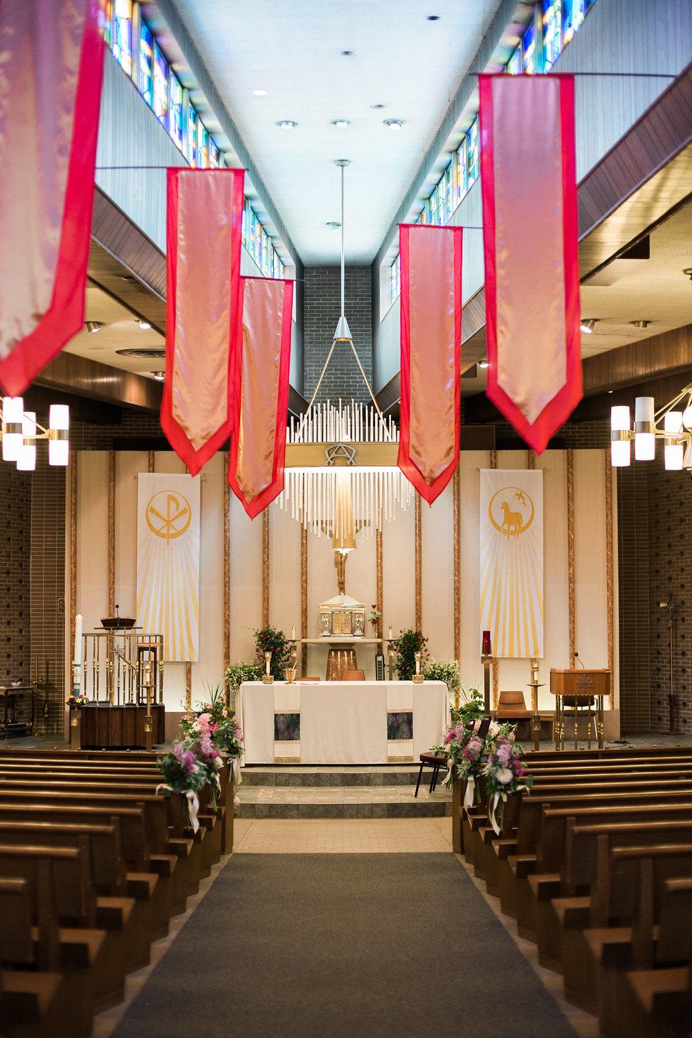 wideshot of church ceremony
