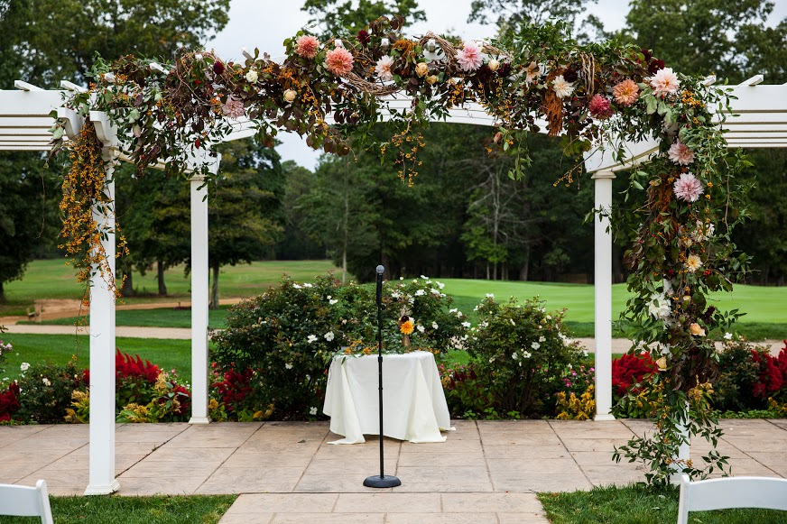 Running Deer Wedding, Ceremony Arch, Aisle Decor