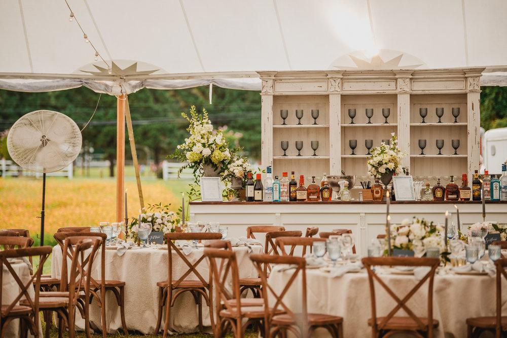 A Garden Party Florist, Maryland Wedding, Inn at Perry Cabin, Bar Decor, Wedding Bar, Tyler Boye Photography