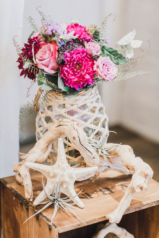 Avalon Wedding, The Reed Wedding, Summer Bride, Cocktail Table, Flower Arrangement, Kaitlin Noel Photography