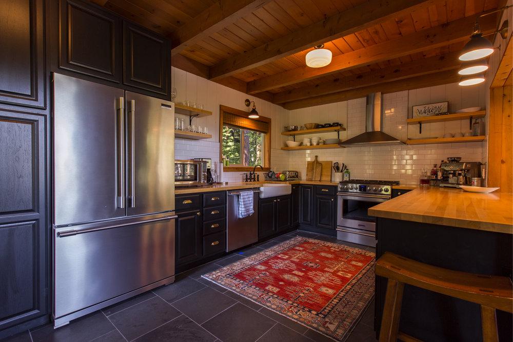 WestShore_HartlineConstruction_Kitchen.jpg