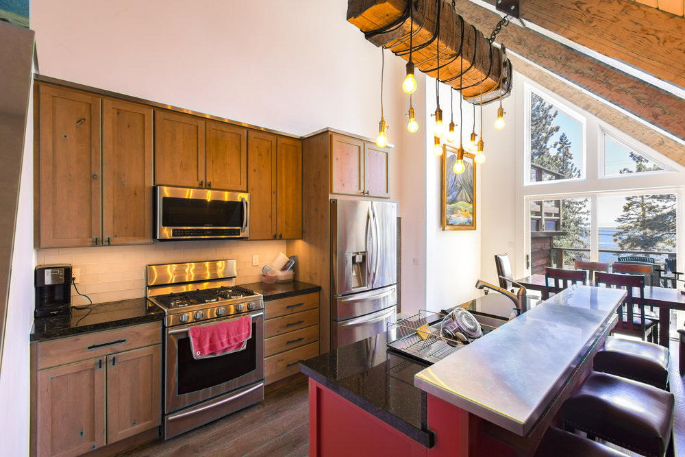 NorthShore_HartlineConstruction_Kitchen.jpg