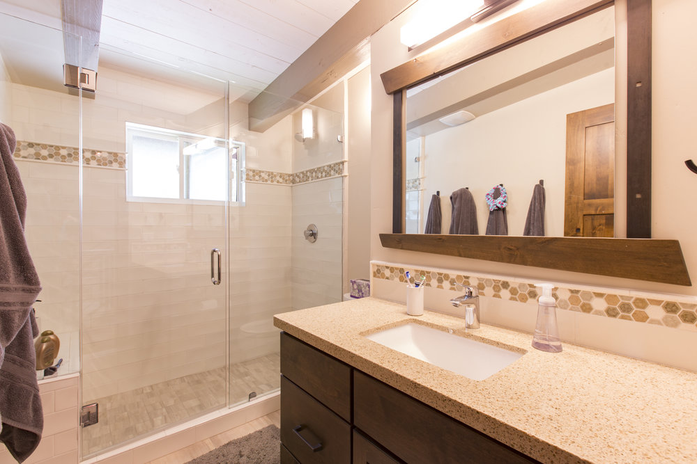 TahoeCity_HartlineConstruction_Bathroom.jpg