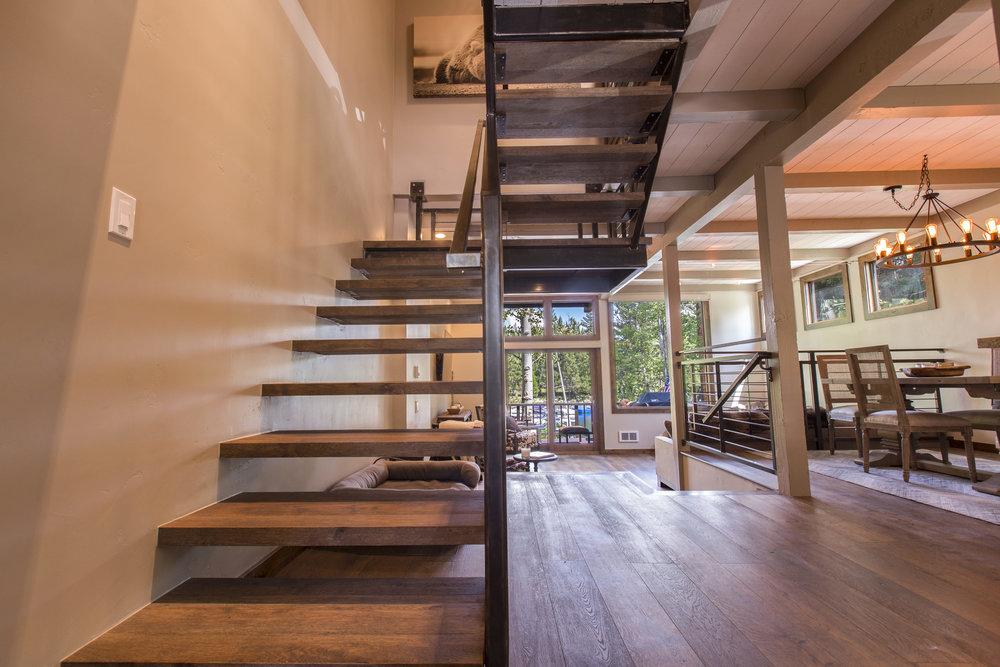 TahoeCity_HartlineConstruction_Stairs.jpg