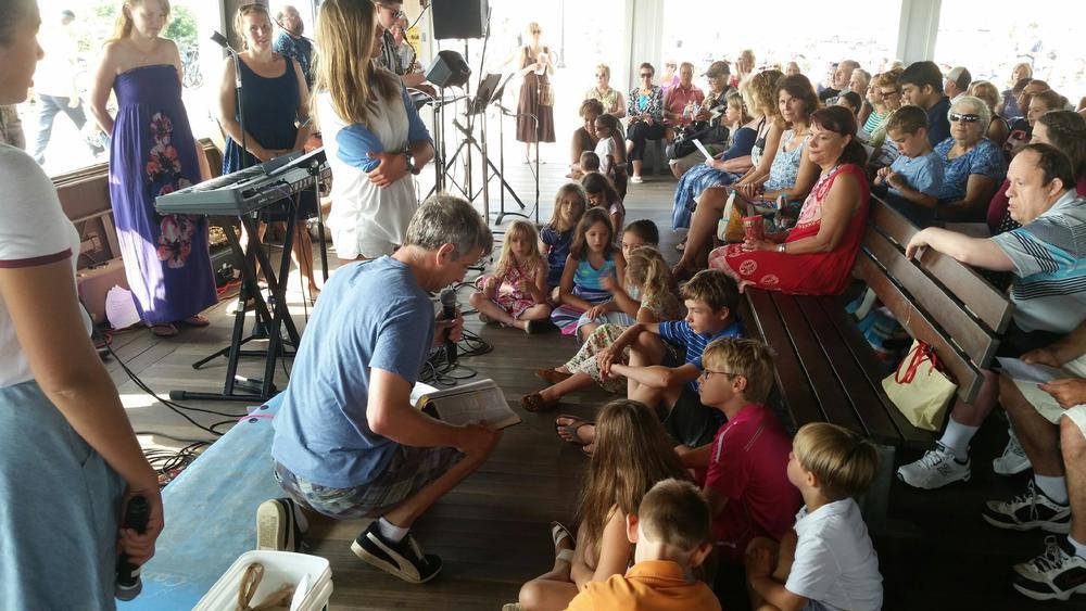 2015.07 Kids in Pavilion 01.jpg