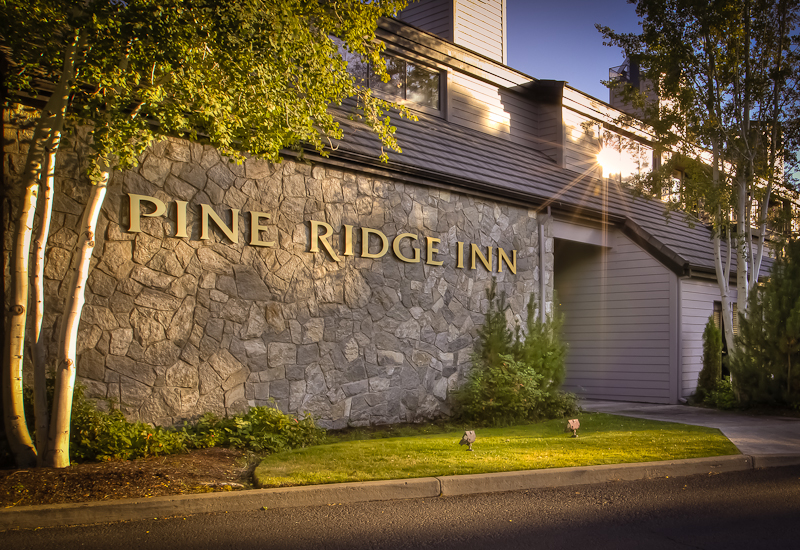 Pine Ridge Inn, Bend Oregon