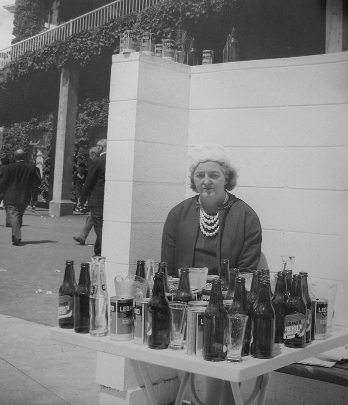 Ans Westra  Public bar, Trentham Racecourse, Upper Hutt ,1974 Silver gelatin print 350 x 290 mm  _______