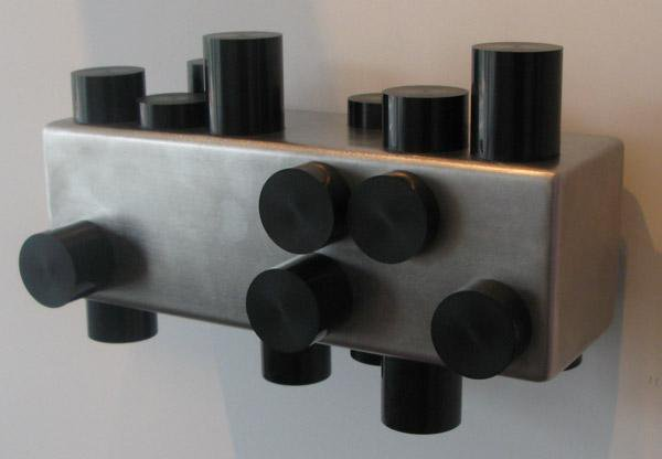 Anton Parsons  Analogue , 2008 Stainless steel and acrylic 280 x 450 x 280 mm [Private Collection]  _______