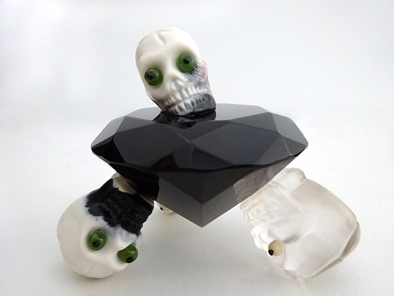 Wayne Youle  Black Diamond , 2009 Greenstone, bone and resin 90 x 110 x 110 mm  _______
