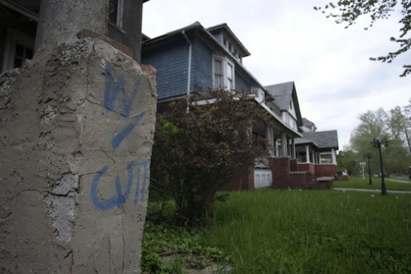 """W/Cut"" mark on house- Photo by Karah Shaffer"