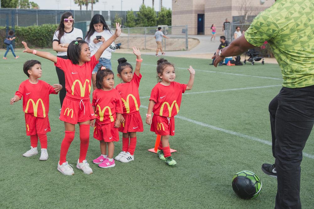 SuperMamás-McDonald'sYouthClinic-LilyRoPhotography-5298.jpg