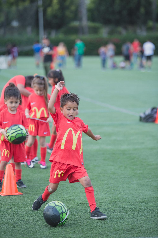 SuperMamás-McDonald'sYouthClinic-LilyRoPhotography-5383.jpg