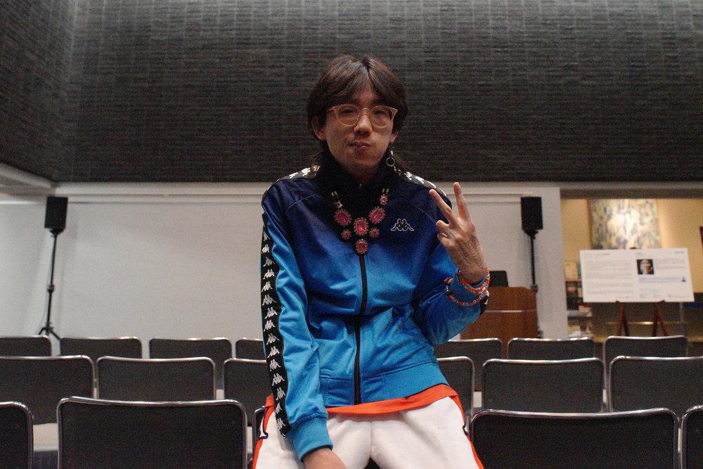 上演後に撮影に協力してくれたチェン・ティエンジュオ。Tianzhuo Chen. Photo by Akari Yamaguchi for Normal Screen