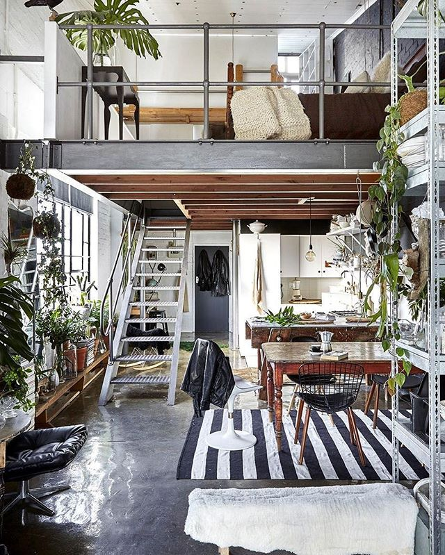 INSPO: Latest obsession - Industrial Bohemian Homes . . . #industrial #boho #bohemian #homeanddecor #plantlover #plants #greenery #jungalow #greenspaces #design #decor #interiors #architecture #mixedmaterials #concrete #steelwork #wood #mezzanine #studio