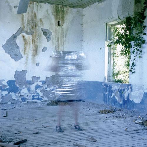 CAROL_FULTON_PHOTOGRAPHY_Figure in Silver - Carol Fulton.jpg