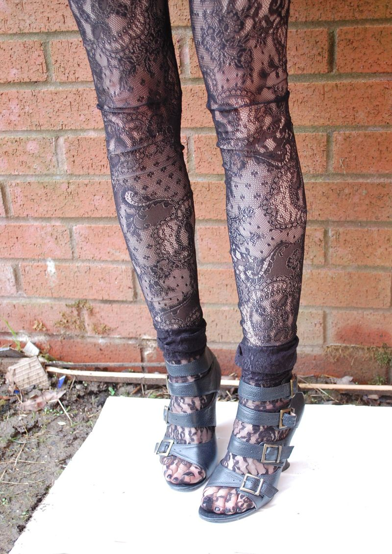 Topshop leggings, vintage Ravel shoes