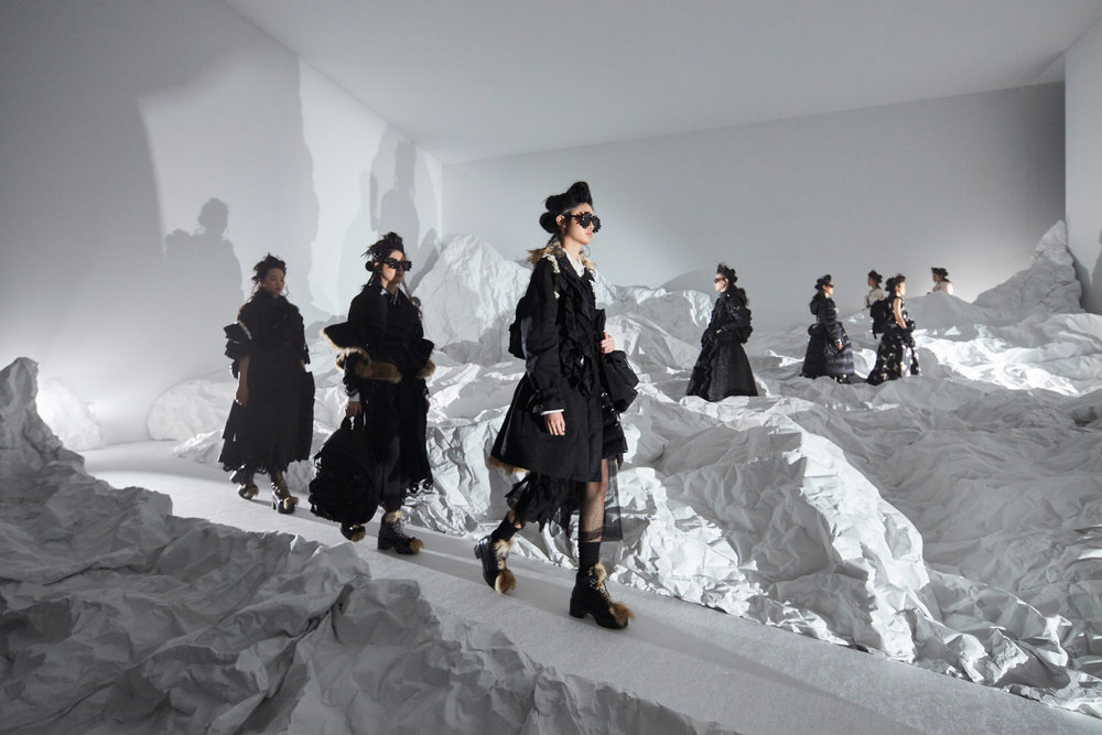 moncler-genius-milan-fashion-week_dezeen_2364_col_2-1.jpg